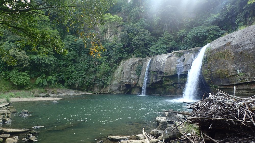 Lingjiao waterfalls